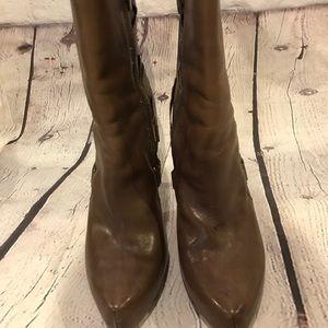 Boutique 9 Leather Platform Bootie